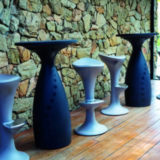 Flut Table Black color