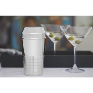 Millenium 680 ml stainless steel cocktail shaker with detailing in matte finish